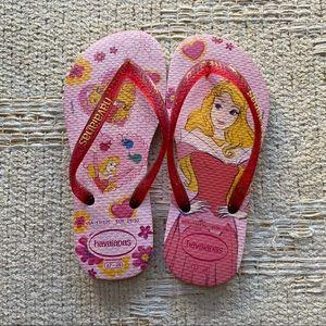 Havaiana's Sleeping Beauty Flip Flops